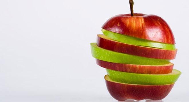 كم عدد السعرات الحرارية في التفاحة؟