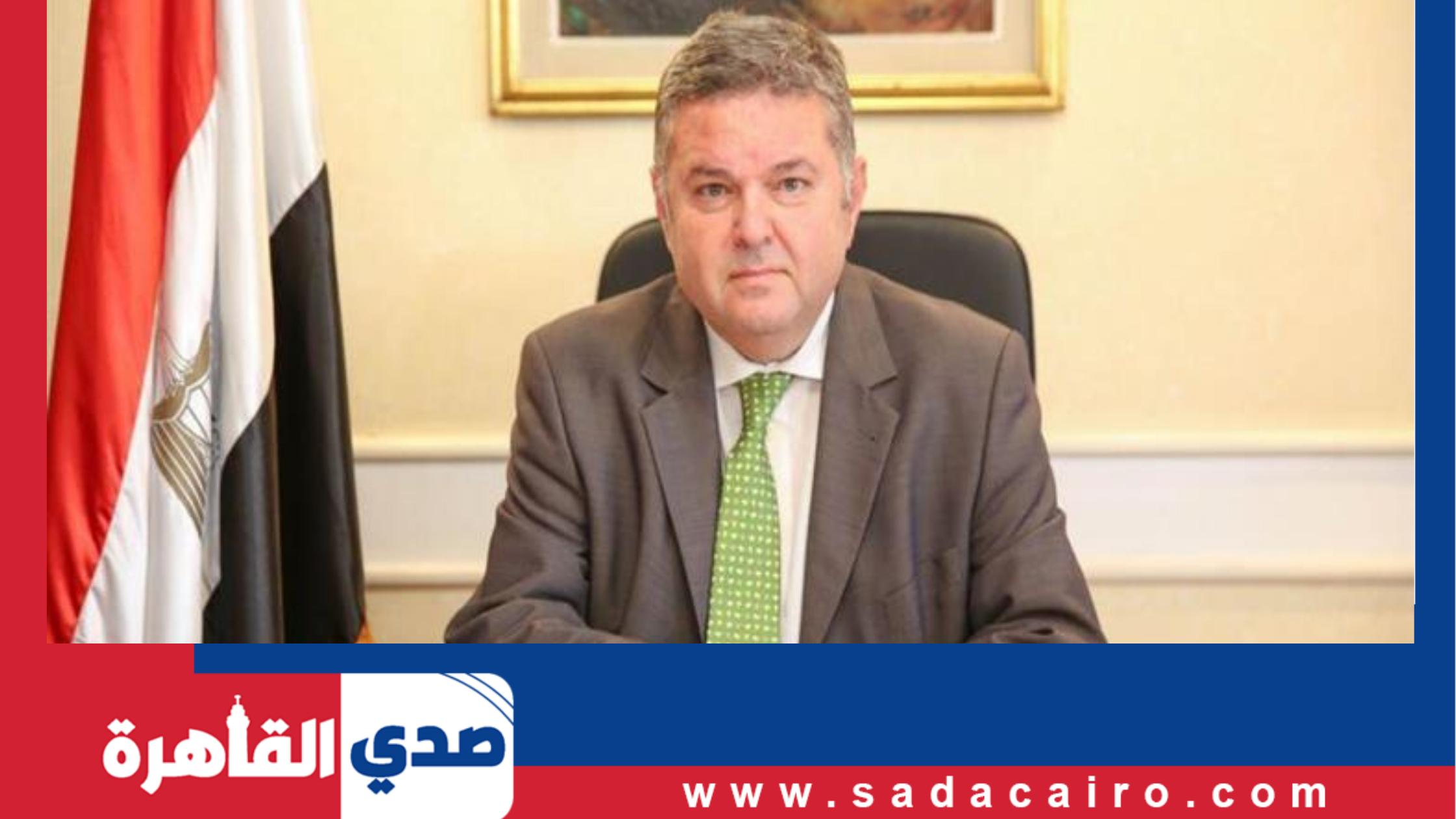تصريح من وزير قطاع الأعمال حول مصنع الدلتا للأسمدة في السويس
