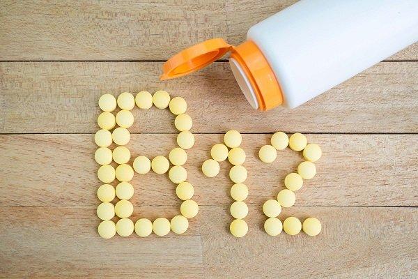 تجربتي مع نقص فيتامين ب 12