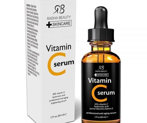 فوائد فيتامين سي للبشرة الدهنية