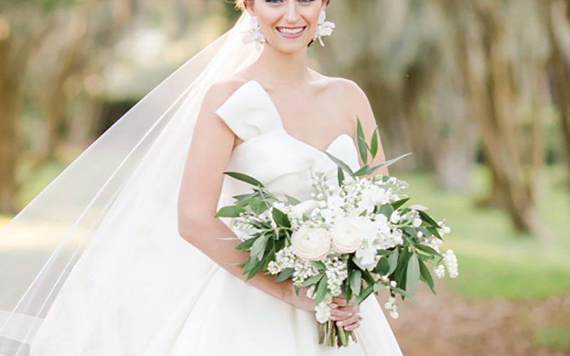 رؤية عروس معروفة في المنام للعزباء