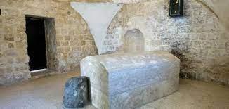 اين دفن سيدنا يوسف ؟ في النيل أم بمدينة ؟