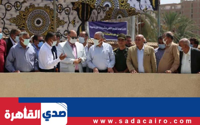 وزير الري والموارد المائية يقوم بزيارة ميدانية إلى محافظة أسيوط